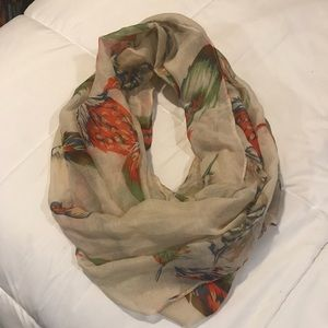 Infinity Scarf: Feathers